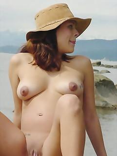 Amateur Beach Pictures